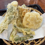 水沢うどん 松島屋 - 竹セットの野菜天ぷら