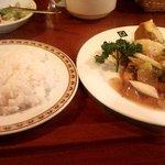 ギリシャ料理&バー OLYMPIA - Aランチ(豚肉のソテー・和風ソース)