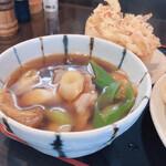 深山うどん - 肉汁(並)690円