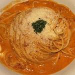パスタ キッチン - モッツァレラとパルミジャーノのトマトクリーム