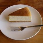 ユニ カフェ - チーズケーキ☆ めちゃウマで2皿目♪