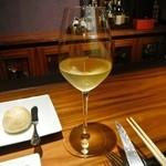 ワインサロン 銀座G.G. - 美味かったので2杯頂きました