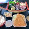 まるわ食堂 - 料理写真:舟盛りってワクワクします
