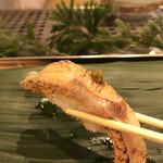寿司処 やまざき - おまかせ6000円。のどぐろ。この日のものは、特に脂と旨味が際立っていました(╹◡╹)(╹◡╹)