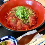レストラン とれた亭 - 料理写真:土佐丼単品