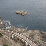 魚見亭 - テラス席から海を見下ろした風景