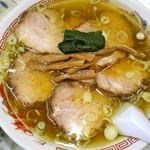 中華食堂仙成 - チャーシュー麺 上から