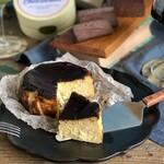 ナチュラルボロネーゼスタンド - 大人のバスクチーズケーキ