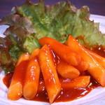 しちりん屋西院厨房 - ご存知の定番!韓国餅の甘辛煮「トッポッキ」¥480