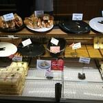 Eiger - 料理写真:ドッグ・サンドイッチコーナー