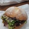 ベッカライ・ブロートツァイト - 料理写真:サンドイッチ(ツナ・丸パン)