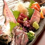 居酒屋 口福や - さらに毎日変わるおすすめメニューや築地より直送される魚たちはかなりの物,間違いナシ