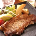 居酒屋 口福や - 宮城県 えごま豚 ロースステーキ これは「うまい」私は牛より豚好きになってしまった