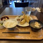 食堂コヨミ