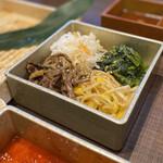 近江焼肉レストランすだく - あっさりしたナムルは欠かせません(*^-^*)
