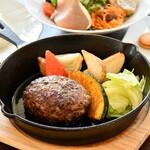 ラ・カロッツァ - 料理写真:フォアグラバーグ