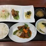 悠香園 - 酢豚定食950円