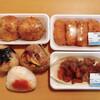 タカマル鮮魚店 - 料理写真:お惣菜テイクアウト(総額 税込1,809円) カニクリームコロッケ2個、海老カツ4個、タコ唐揚げ、おにぎり3個
