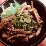 魚丼 - 料理写真:LINE登録者限定❤️シークレット企画 限定100食 穴子まみれ丼 591円 お茶500ml 1本サービス