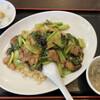 香蘭 - 料理写真:牛バラチャーハンと杏仁豆腐 890円
