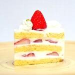 パティスリーアプラノス - '21.04ショートケーキ