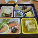 ホテル千畳敷 - 朝食