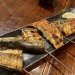炙処 火ノ膳 - 魚串焼き5本盛合せ 780円。 色々ちょっとづつです。