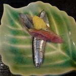 和食亭 - さんまのお刺身(サービス品)