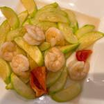 上海料理 寒舎 - 海老とズッキニの塩炒め