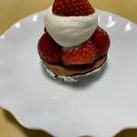 おだふじ - 苺のタルト 500円