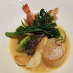 "New American Grill ""KANADE TERRACE"" - 真鯛のポワレ 春野菜とサフランのナージュ"
