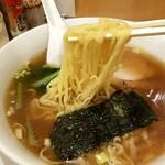 中華洋食食堂 あゆた - 麺