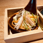 150267546 - 炙りズワイガニとカニ味噌 白菜のコールスローサラダ