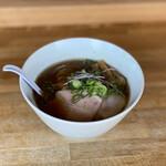 湖麺屋 リールカフェ - 料理写真:正油ラーメン 850円