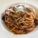 ブレッツァ - 料理写真:ナスのミートソース
