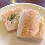 ブレッツァ - 自家製パン