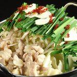 三介 - 大将自慢のもつ鍋が2011年からもっと美味しくなりました♪大将のおススメはやっぱり九州の醤油味!