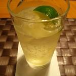15030806 - 国産ラム酒「ルリカケス」ソーダ割(2012/09/27撮影)