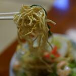 150314059 - 海老揚げ焼きそば(¥730税込み)スープつきます