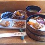 たか鮨 - 生ちらしランチ 700円