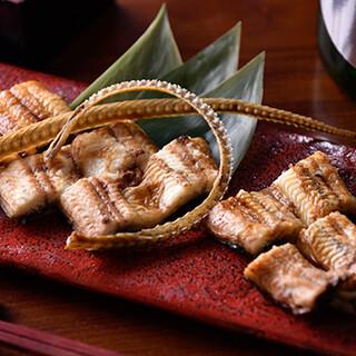 朝じめ鰻からうな重までご用意!つまみ感覚で鰻を楽しむ