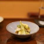 秋田 てんぷら みかわ - 山菜の酢味噌和え