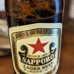 うみとはたけ - 瓶ビール 赤星(560円)