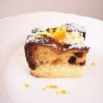 リストランテ ボルゴ・コニシ - パネトーネのチーズケーキ 自家製リコッタクリーム