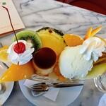 ドレミ - フルーツの飾り切りが、けっこう、凄いですっ!