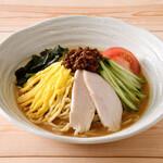 麺処直久 - 人気の冷し中華 胡麻ダレ