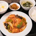 中華料理 成都 - 白身魚の甘酢セット