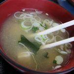15040277 - 豆腐とワカメの味噌汁