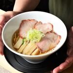 あさりスープの手もみラーメン チャイナポート - 料理写真:全て「あさりスープ」がベースです