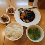 啓徳 - 黒酢の酢豚定食